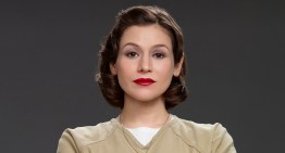 OITNB's Yael Stone Talks Season 3 and Which Cast Member is the Best to Party With