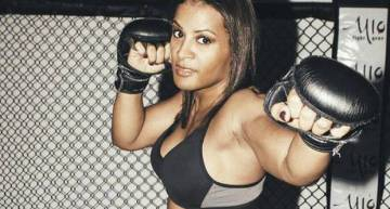 Fallon Fox: The First Openly Transgender Fighter in MMA Describes Abuse She Encounters as 'Mind-Blowing'  (Video)