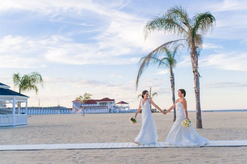 lesbian-wedding-32