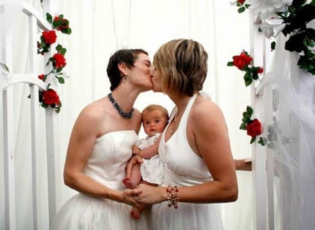lesbian wedding 04