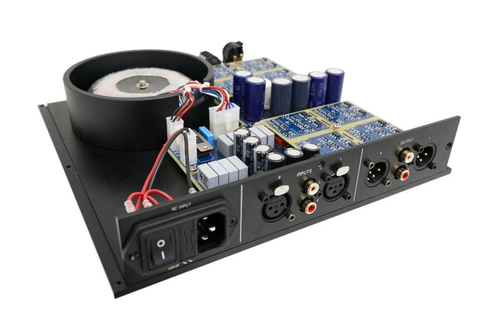 Holo Audio - Azure - Discrete 8 amp module headphone amplifier + Aluminum  Remote Control