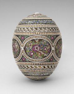 """""""The Mosaic Egg"""" - ett av Febregés ägg som idag ägs av drottningen av England."""