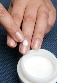 8 советов по уходу за ногтями зимой: сделаем их красивыми и здоровыми
