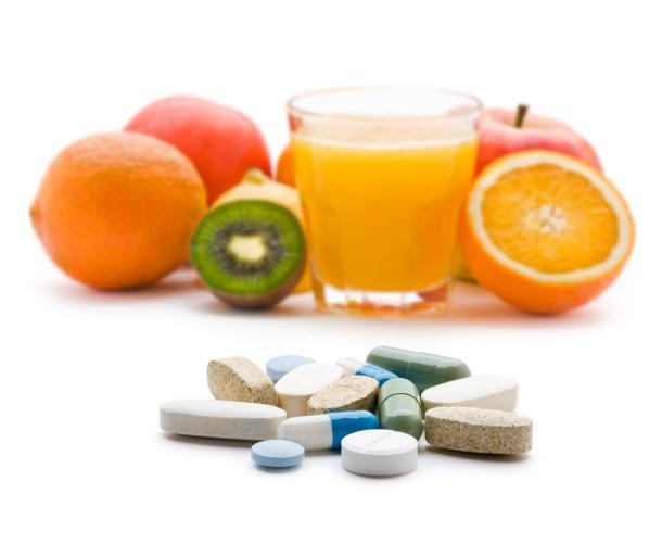 8 детокс-советов: пей витамины
