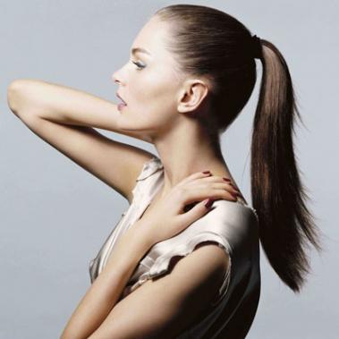 7 модных причёсок 2013 года: простая классика