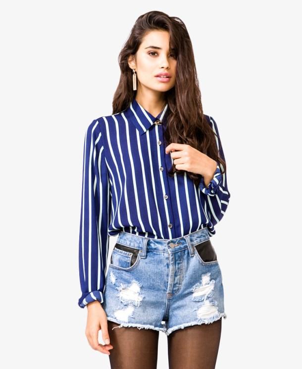 Полосатый верх и джинсовые шорты - Что делать когда нечего одеть - 9 советов по выбору одежды