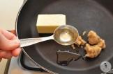 Обжаренная груша с рукколой и листьями салата 3