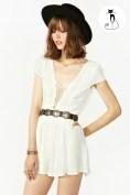 Белый комбинезон с поясом и шляпкой - 26 модных летних комбинезонов - лето 2014