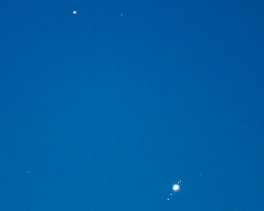 Venus-Regulus with Jupiter Mars conjunct