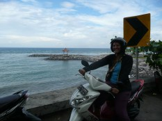 Motorbike ride to Amed