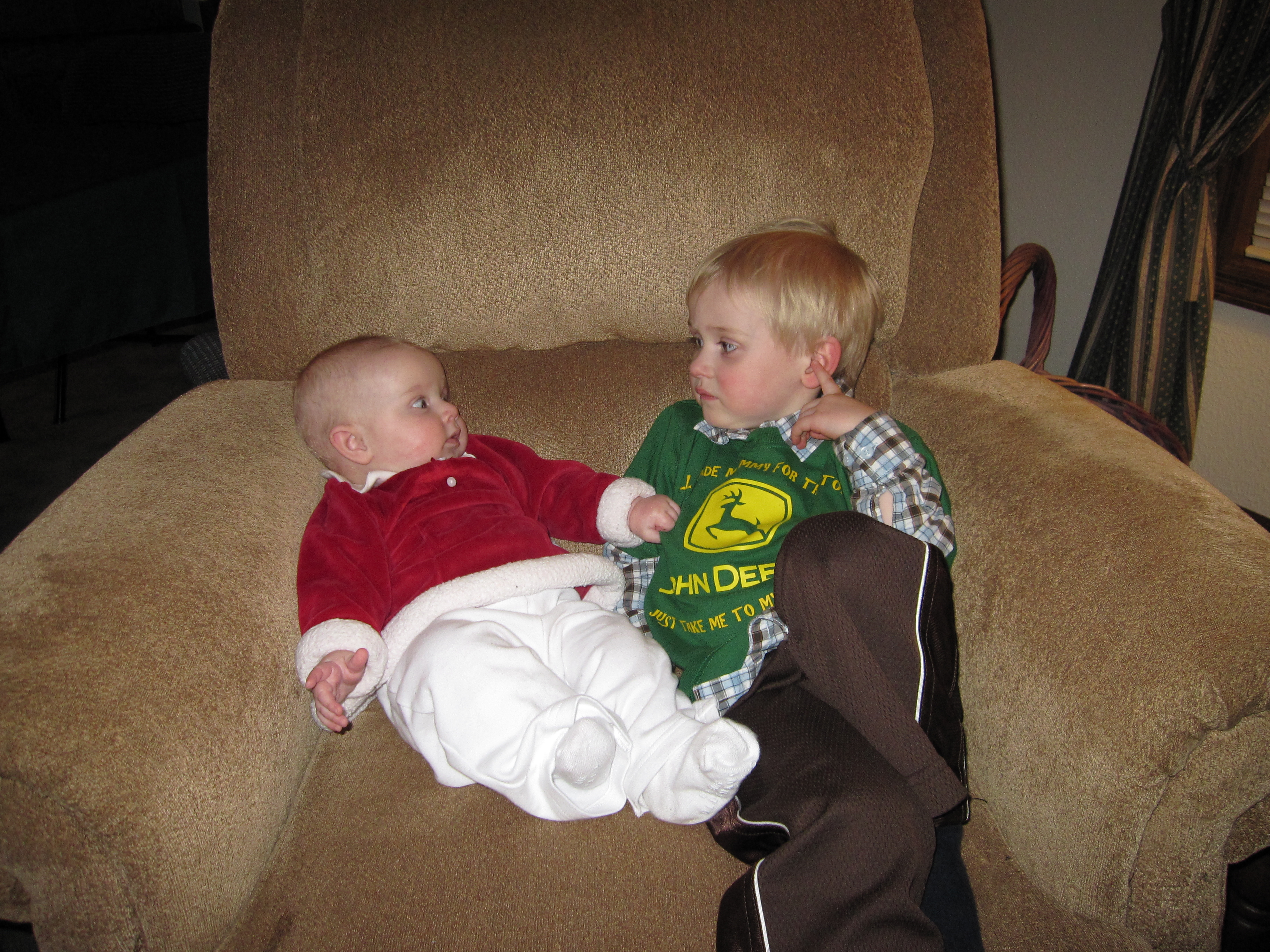 cousins-in-the-chair