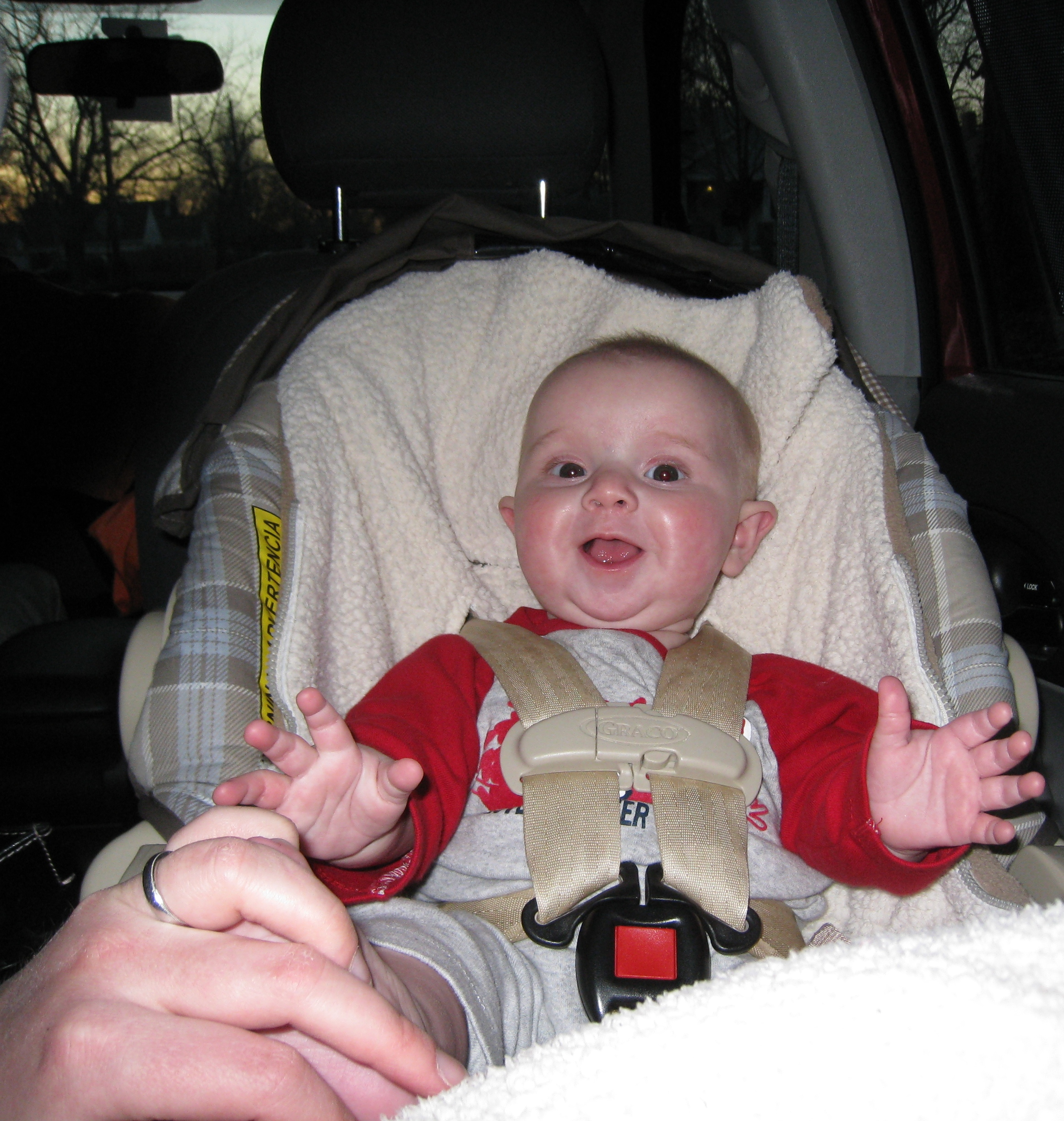 practice-clapping-in-the-car
