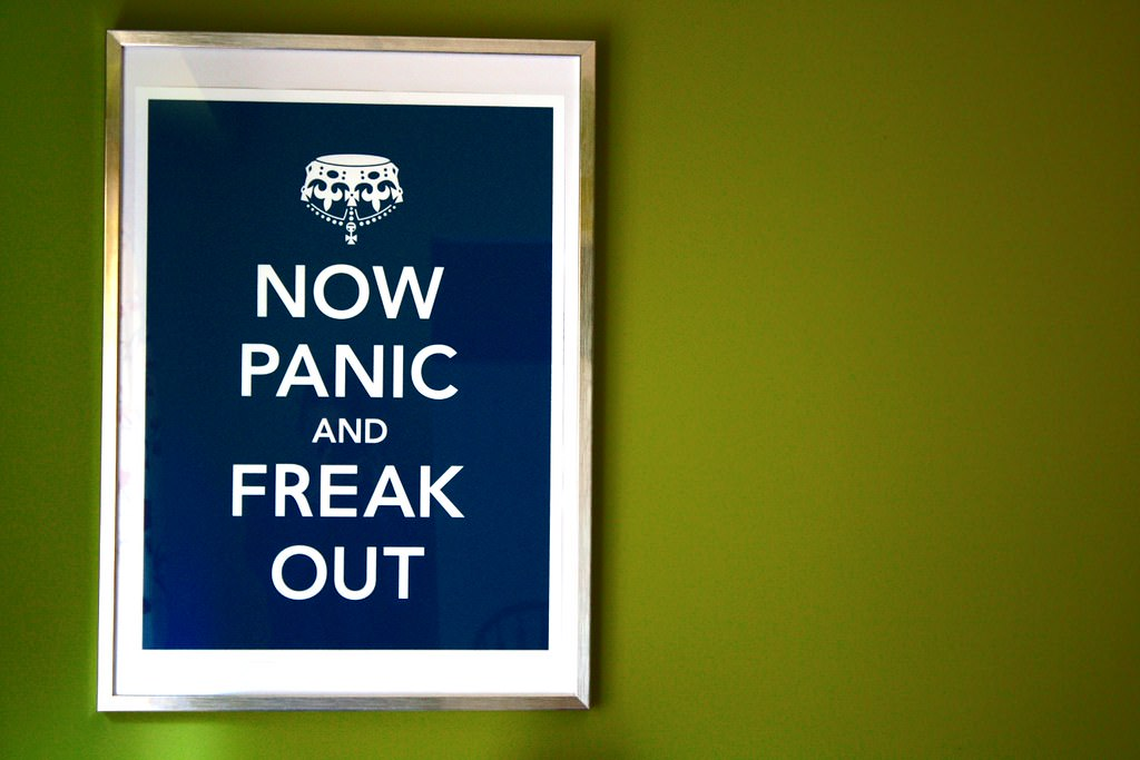 """イマイチ正体がつかめない """"freak out"""" の意味とは?"""