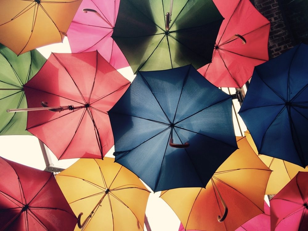"""「小雨、雨、大雨」は英語で何て言う?""""rain"""" を使わないネイティブ表現"""