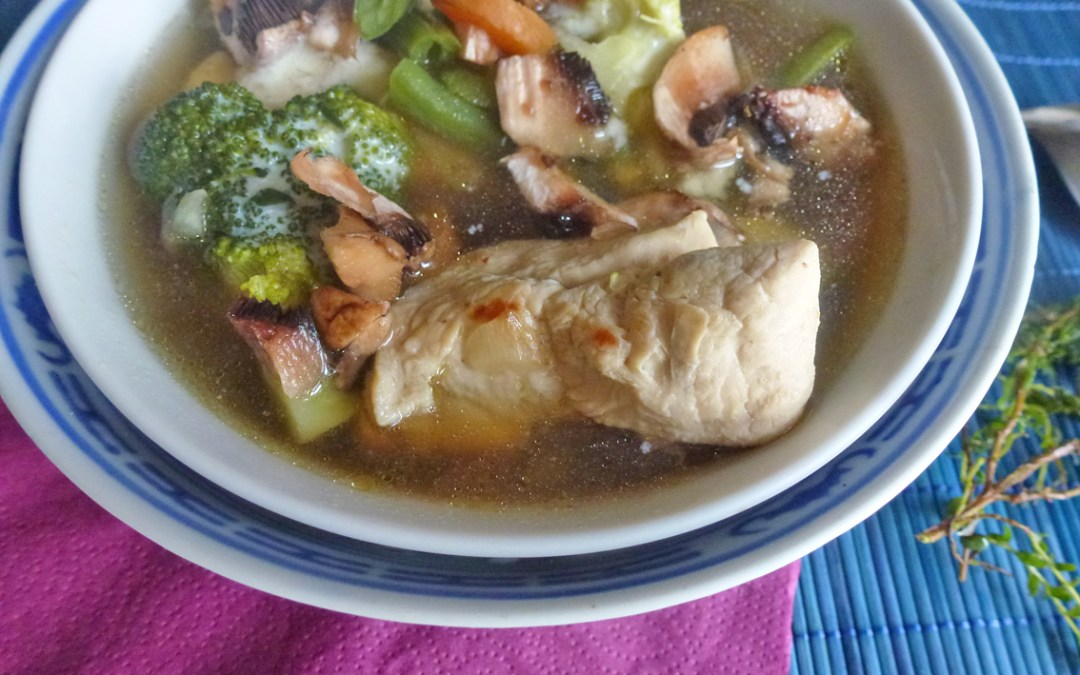 Bouillon de poulet aux petits légumes ( sans céréales )