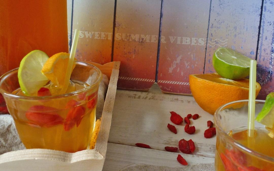 Eau rafraichissante au rooibos, orange et baies de goji  ( sans sucre ajouté )