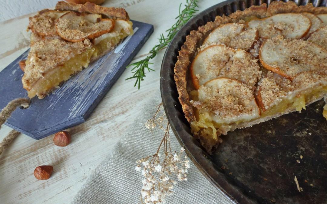Tarte aux poires sur compote de pommes, parfumée au romarin (Sans gluten, végétalien )
