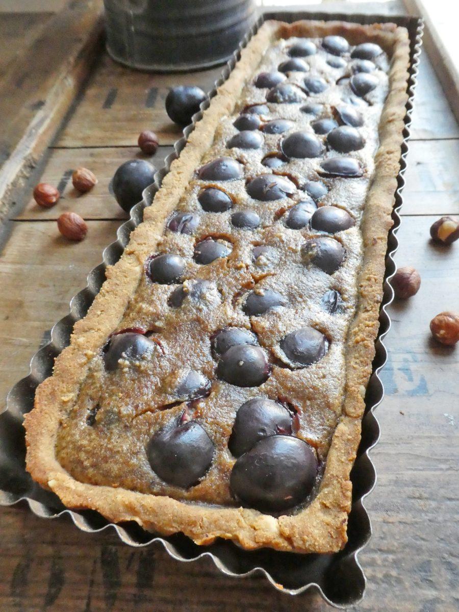 Tarte aux raisins noirs et noisettes ( Sans gluten, sans lactose, sans beurre, sans huile, ni ...