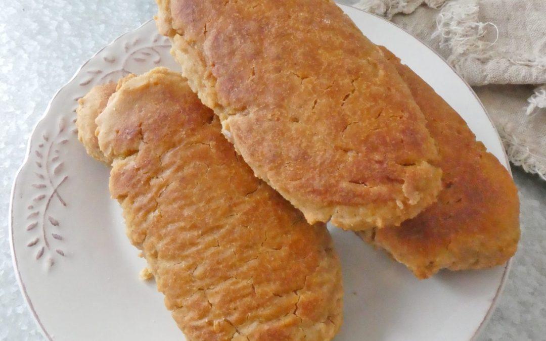 Petits pains du matin à la fleur d'oranger, lait végétal, farine de riz et levain naturel d'épeautre.