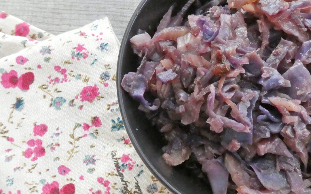 Poêlée de choux rouge et fenouil confits aux épices et olives noires