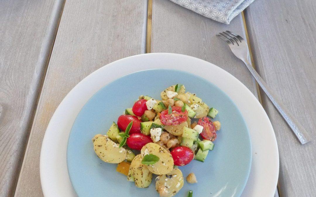 Salade Grecque aux pommes de terre grenaille et pois chiche ( sans céréales )