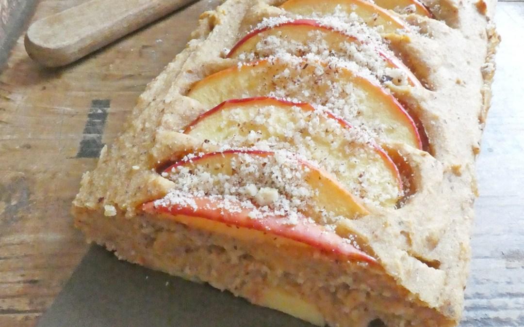 Gâteau pain aux pommes et noisettes, à la farine d'orge mondé ( Sans sucre ajouté, vegan )