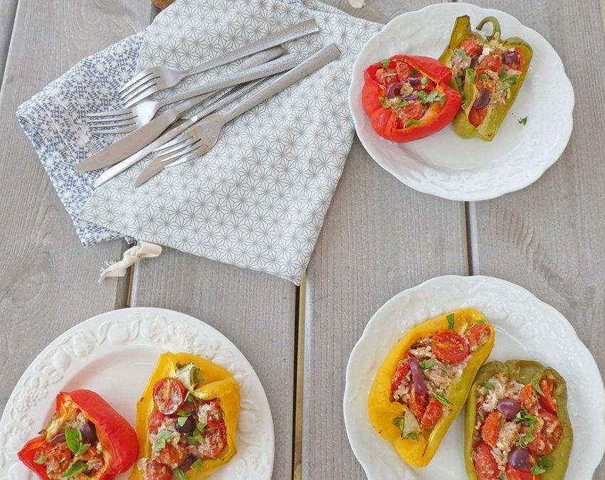 Poivrons farcis aux tomates cerise, Féta, et olives noires  ( Sans céréales, léger )