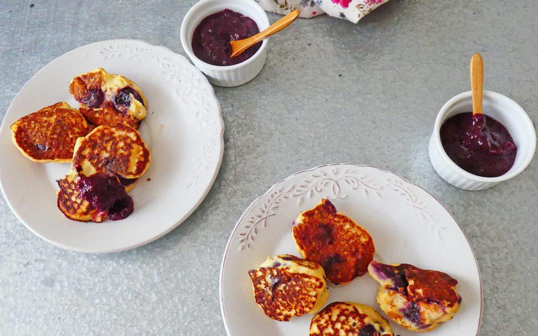 Minis beignets à la cerise et brousse de brebis, sans friture et éventuellement sans sucre ajouté ( Sans gluten )