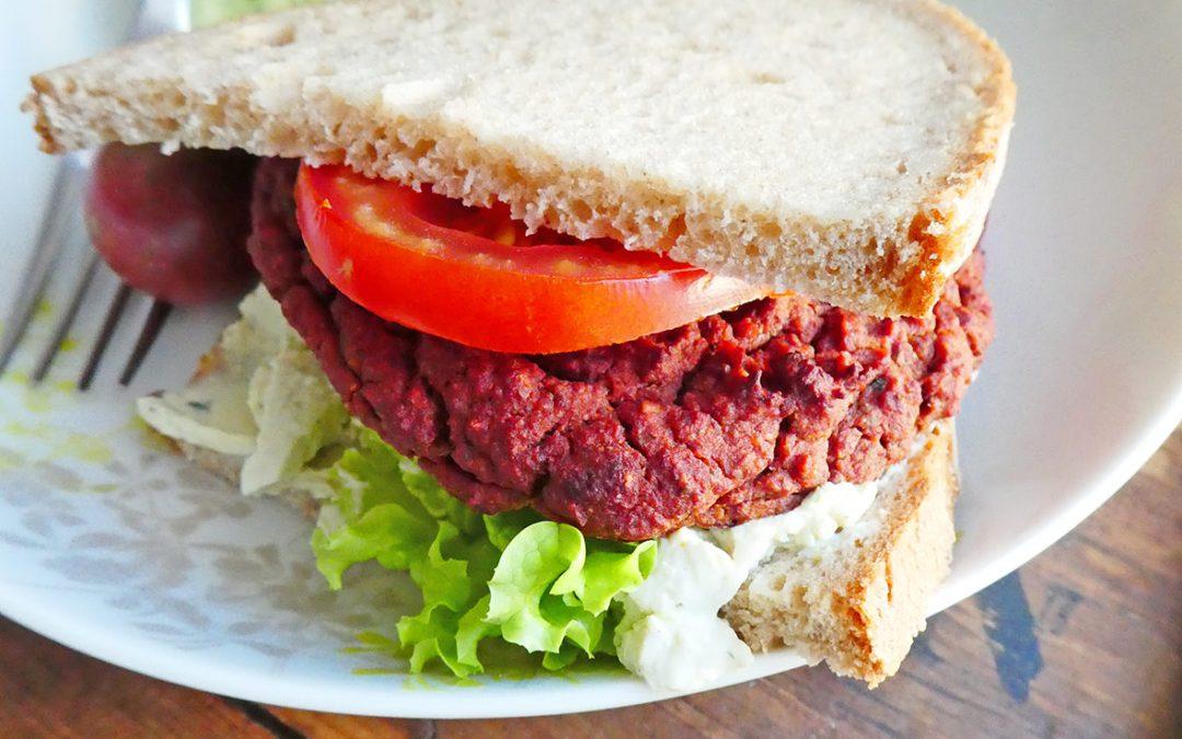Steak végétal et sa petite sauce qui va bien avec… ( vegan, sans céréales )