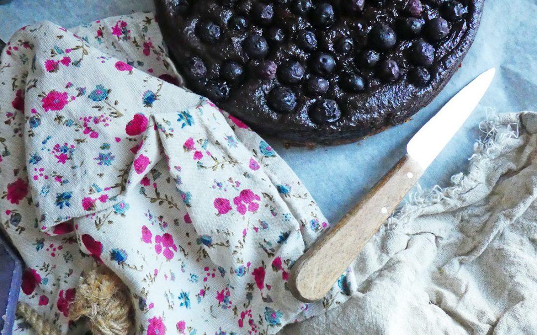Gâteau façon cheese cake au chocolat, myrtilles et tofu soyeux ( Vegan, sans céréales, sans gluten, sans matières grasses ajoutées, allégé en sucre )