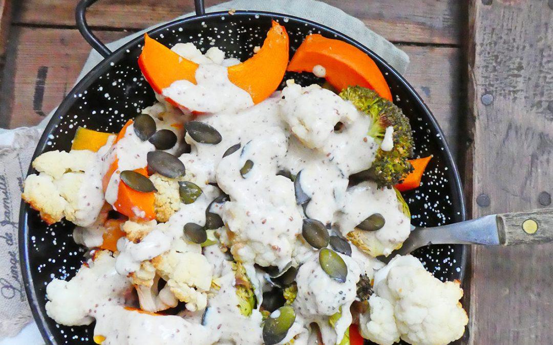Légumes d'hiver cuits au four, sauce légère au sésame