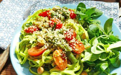 Salade de pâtes sauce légère à l'avocat ( Vegan )