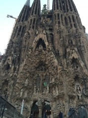 La Sagrada Familia - by night, have to admit, this is my least favourite side...
