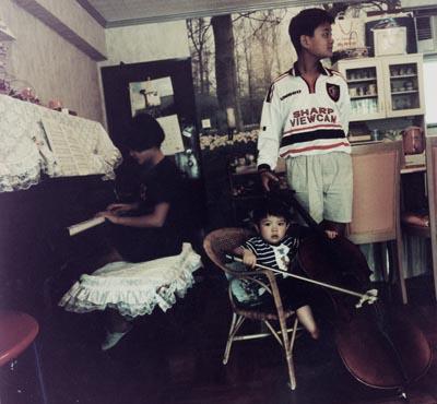 family08.jpg