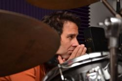 1330661857_ronnie-on-drums