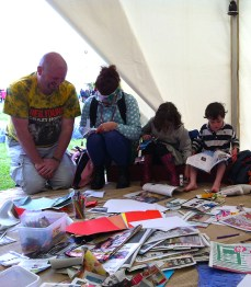 The family that zines together...