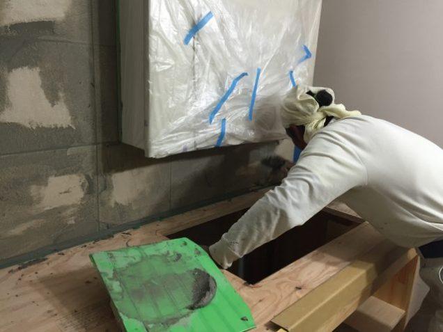 左官工事 洗面壁タイル