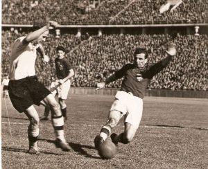 1940-ben 2-2-t játszottunk a Sepp Herberger vezette németek ellen Budapesten.