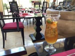 アンサナのレストラン「Lotus Cafe」