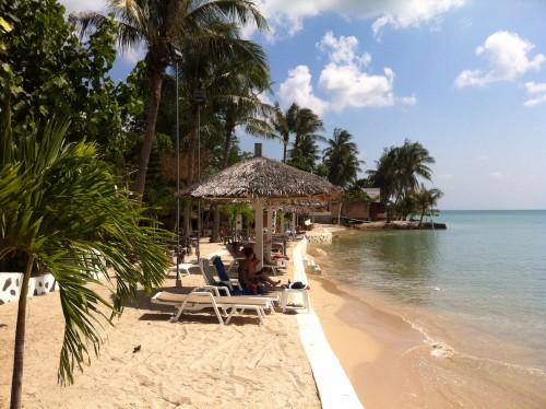 パンガン島ホテルのビーチ