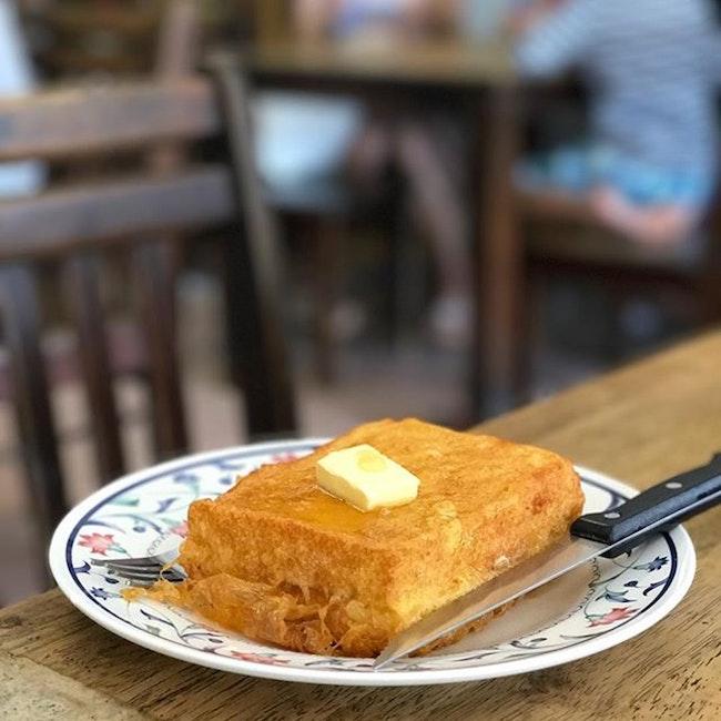 マラッカ 食事 トースト