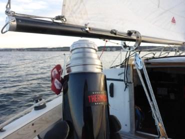 Thermoskanne an Bord