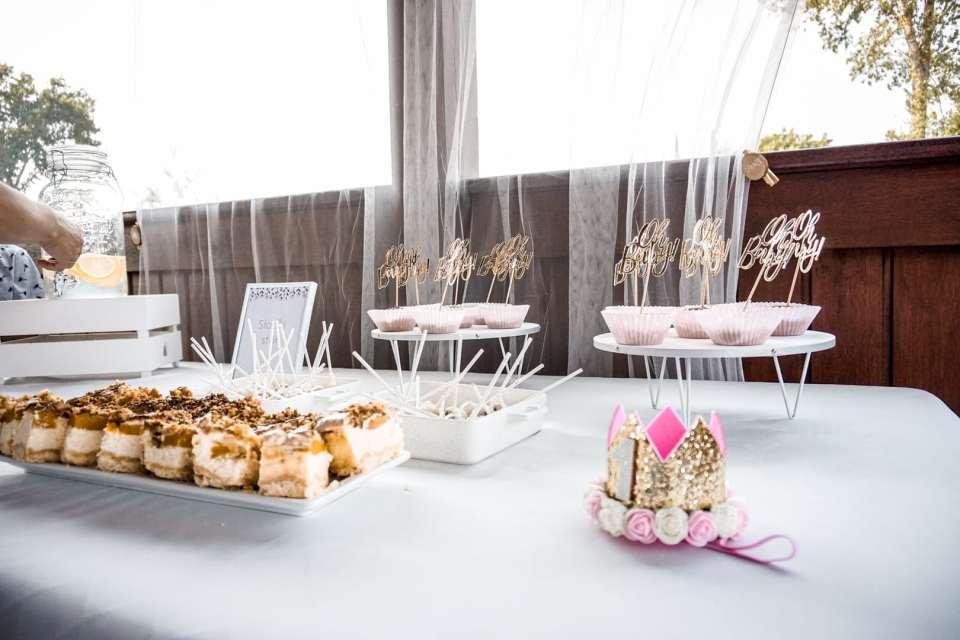 Słodki stół. Słodki stół na roczek dziewczynki. Jak zorganizować roczek dziewczynki?