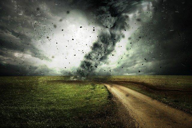 Former Klamath Falls resident has near miss with Nashville tornado outbreak