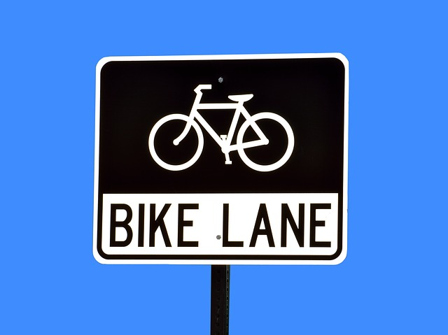 STREET MAINTENANCE – Bike Lane Striping