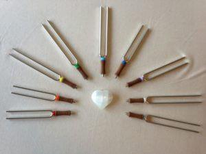 stemvorken die worden gebruikt tijdens de klankbehandeling