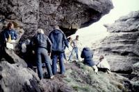 """Frá tökum á """"Jóru í Jórukleif"""", leiknu innslagi í þættinum Þjóðlíf 1981 (?)."""