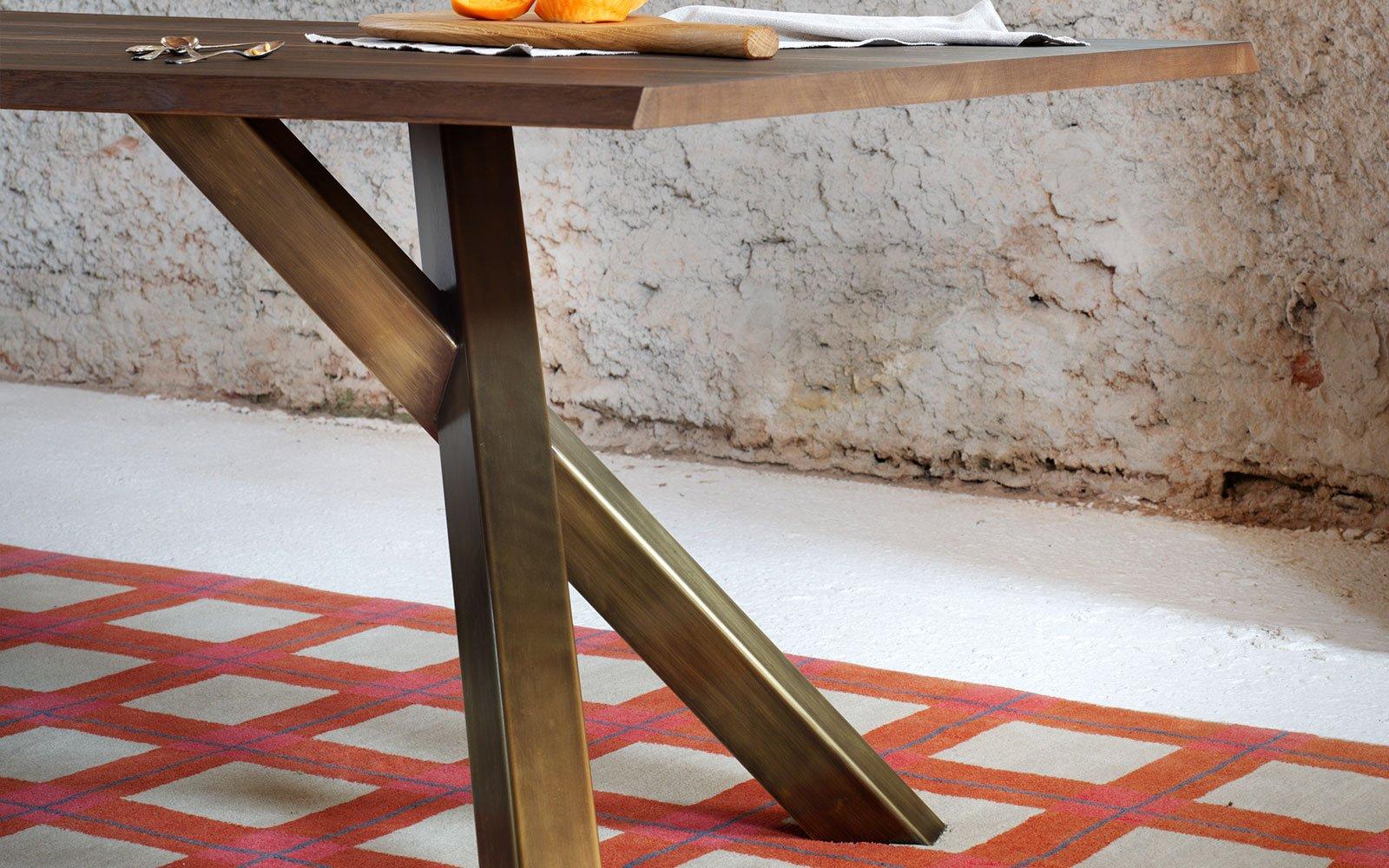 Gustave Modern Dining Table Klarityfurniture Uk