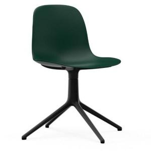 Normann Copenhagen Form stol Grøn med Sort drejestel