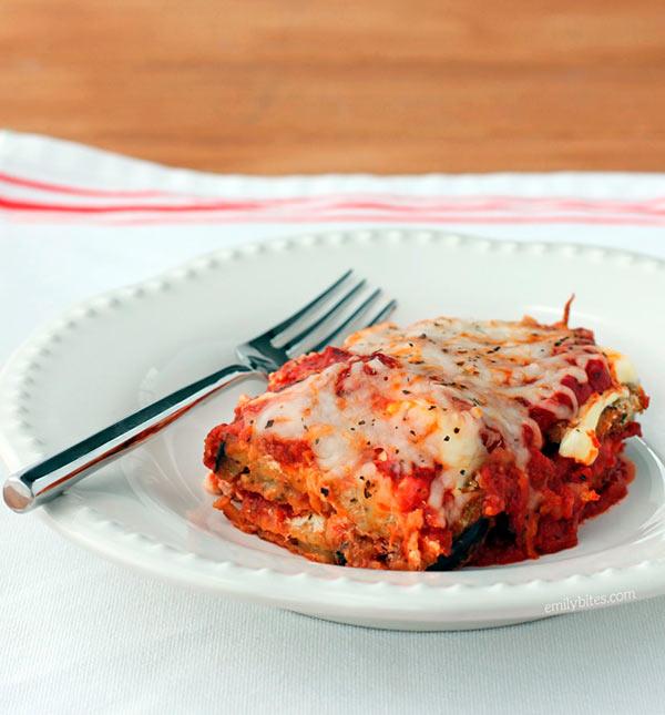 Баклажаны с помидорами и сыром в духовке, рецепт с фото ...